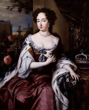 Mary II, Queen of England, ca. 1685 (after Wiliam Wissing) (1656-1687)    National Portrait Gallery, London    NPG 606